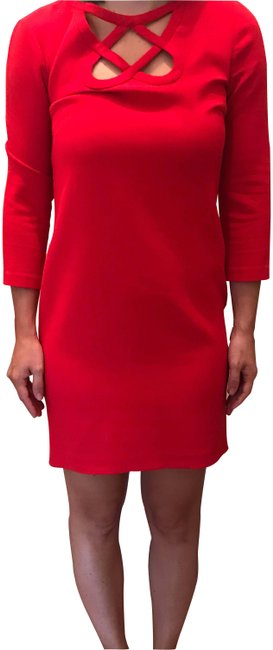 Preload https://img-static.tradesy.com/item/26054435/diane-von-furstenberg-red-short-workoffice-dress-size-2-xs-0-2-650-650.jpg