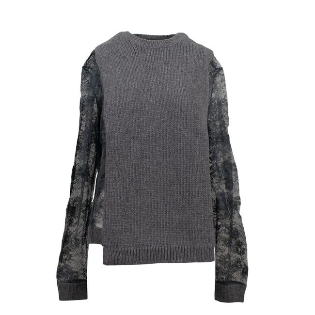 Preload https://img-static.tradesy.com/item/26054503/valentino-chunky-knit-with-lace-sleeves-gray-sweater-0-0-650-650.jpg