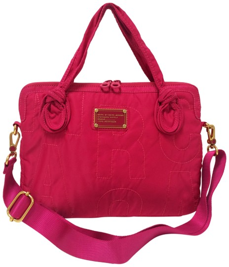 Preload https://img-static.tradesy.com/item/26054731/marc-by-marc-jacobs-pink-pretty-nylon-computer-commuter-laptop-case-tech-accessory-0-2-540-540.jpg