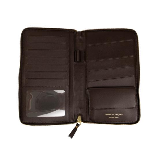 COMME des GARÇONS Leather Clover Embossed Travel Organizer Wallet Image 2