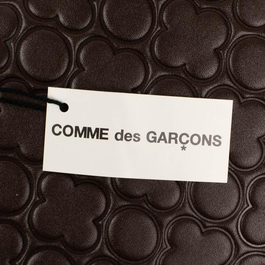 COMME des GARÇONS Leather Clover Embossed Travel Organizer Wallet Image 7