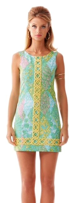 Preload https://img-static.tradesy.com/item/26055235/lilly-pulitzer-mila-lace-detail-shift-short-casual-dress-size-2-xs-0-2-650-650.jpg