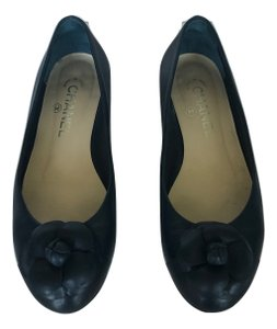Chanel Ballet Cammelia Leather Navy Blue Flats