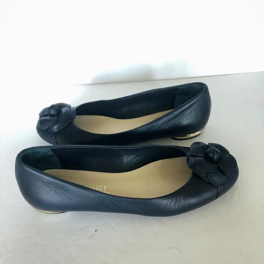 Chanel Ballet Cammelia Leather Navy Blue Flats Image 4