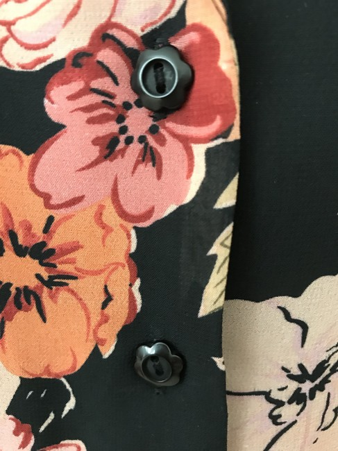 Notations Flower Buttons Top black & peach Image 2