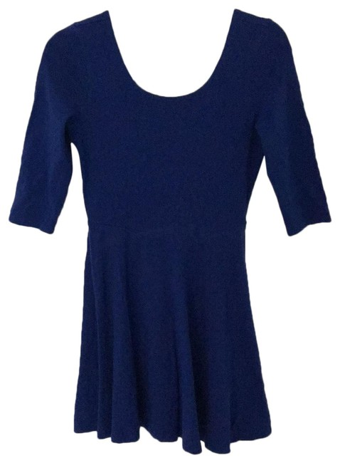 Preload https://img-static.tradesy.com/item/26055560/express-blue-34-sleeve-mini-short-casual-dress-size-4-s-0-1-650-650.jpg