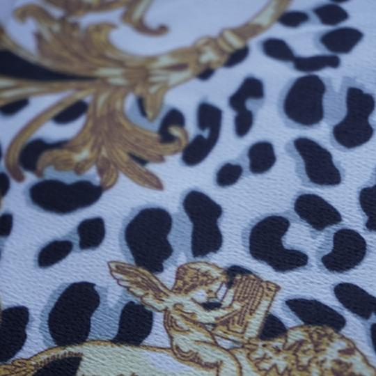 100% VERSACE PANEL FABRIC 64/64 INCH 100% SILK FOR SEWING DRESS Versace fabric panel 64/64 inch Image 3