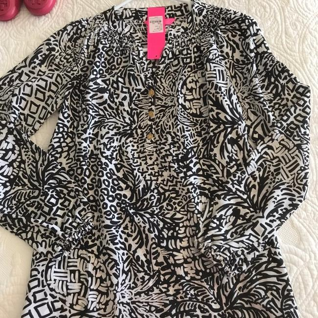 Lilly Pulitzer Top black and white Image 2