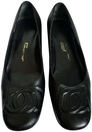 Preload https://img-static.tradesy.com/item/26056054/salvatore-ferragamo-black-round-toe-embossed-logo-chunky-heel-flats-size-us-65-regular-m-b-0-2-540-540.jpg