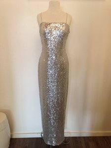 Watters Silver Sequins Remy 5301 Sexy Bridesmaid/Mob Dress Size 10 (M)