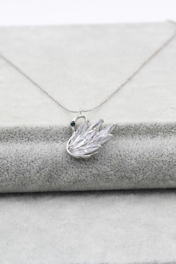 Ocean Fashion Sterling silver swan crystal pendant necklace Image 3