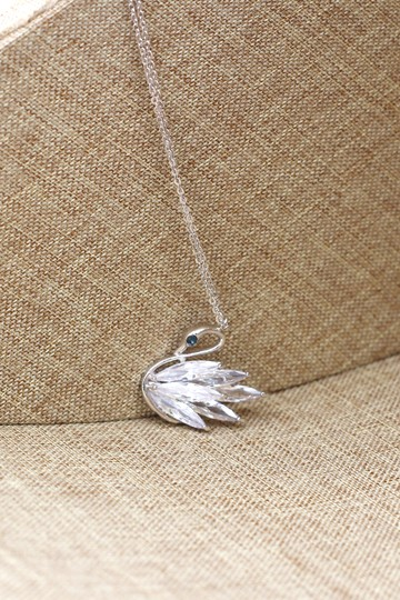 Ocean Fashion Sterling silver swan crystal pendant necklace Image 4