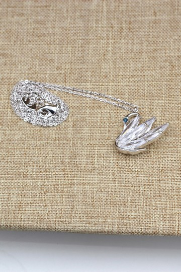 Ocean Fashion Sterling silver swan crystal pendant necklace Image 5