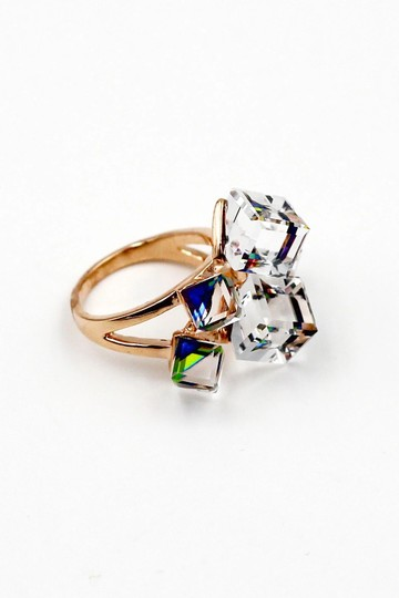 Ocean Fashion Noble colorful square crystal ring Image 1