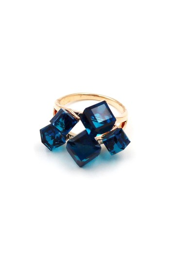Ocean Fashion Noble blue square crystal ring Image 0