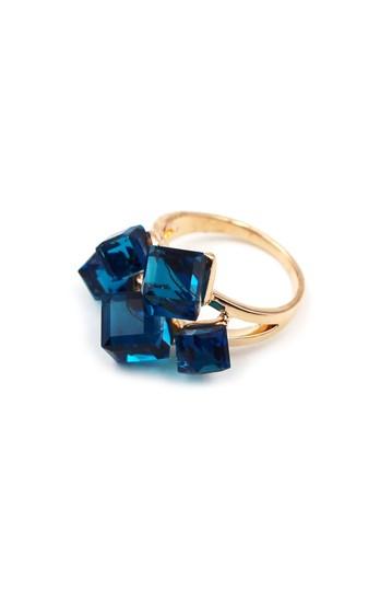 Ocean Fashion Noble blue square crystal ring Image 1