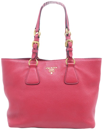 Preload https://img-static.tradesy.com/item/26058918/prada-double-saffiano-cuir-red-calfskin-shoulder-bag-0-1-540-540.jpg