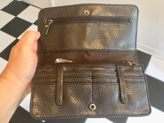 Ann Taylor LOFT Wristlet in chocolate and gold Image 3