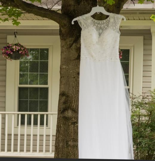 Alfred Angelo Excellent Condition Feminine Wedding Dress Size 4 (S) Image 4
