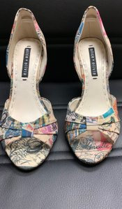 Alice + Olivia multi color Pumps
