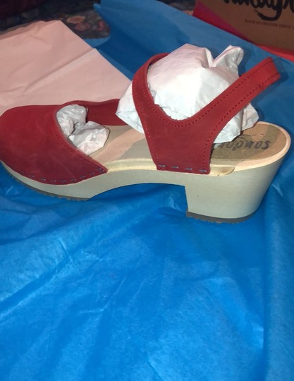 Sandgrens Clogs Red Mules Image 3