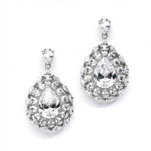 Mariell Lavish Hollywood Cubic Zirconia Wedding Earrings Framed With Baby Pears 4285e