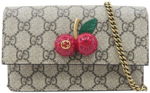 Gucci Gg Supreme Mini Cherry Cross Body Bag
