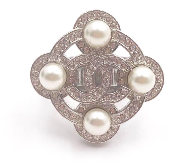 Item - Silver White Cc Crystal Pearl Argyle Ring