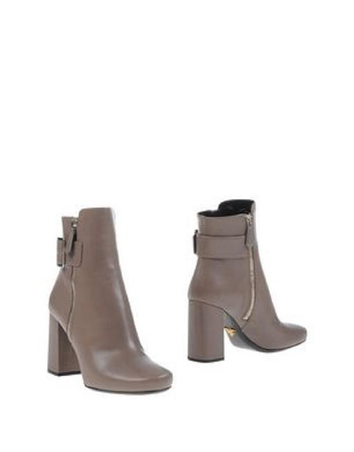 Prada Grey Buckled Leather Boots/Booties Size EU 38.5 (Approx. US 8.5) Regular (M, B) Prada Grey Buckled Leather Boots/Booties Size EU 38.5 (Approx. US 8.5) Regular (M, B) Image 1
