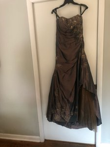 Rina diMontella Brown Mother Of The Bride Formal Bridesmaid/Mob Dress Size 14 (L)
