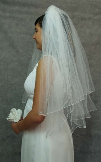 White Medium Fingertip Length Two Bridal Veil