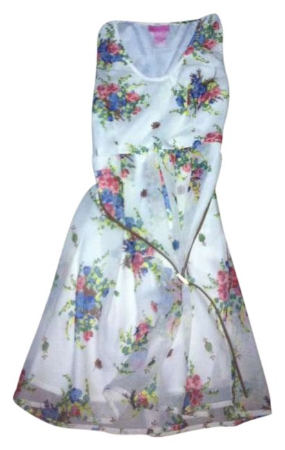 Item - White with Flowers Summer Summer Flowy Girly Sleeveless Mini Short Casual Dress Size 8 (M)