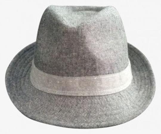 Preload https://img-static.tradesy.com/item/26081/gap-gray-two-tone-textured-fedora-hat-0-0-540-540.jpg