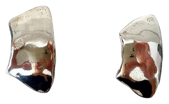 Item - Silver Shiny Hammered Trapezoid Pierced Earrings