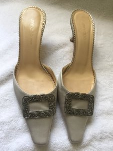 Manolo Blahnik #kittenheel Satin Grey Mules