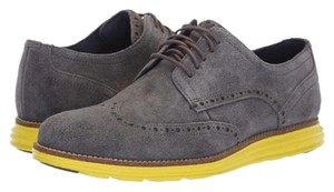 Cole Haan Gray Flats