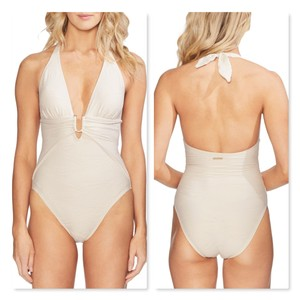 Vince Camuto Vince Camuto Plunging Texture One Piece Swimsuit - Pacific Wave