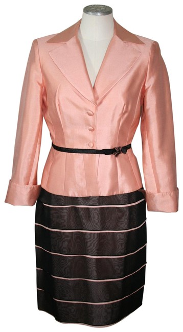 Item - Peach and Black Cocktail Skirt Suit Size 4 (S)