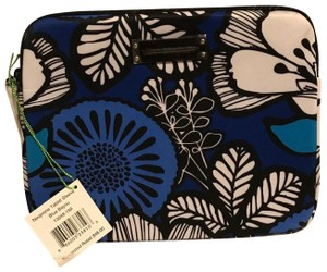 Vera Bradley Vera Bradley Neoprene Tablet Sleeve in Blue Bayou