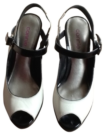 Preload https://item4.tradesy.com/images/connie-black-and-white-3inch-very-comfortable-pumps-size-us-8-26093-0-0.jpg?width=440&height=440