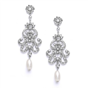 Mariell Vintage Chandelier Wedding Or Bridal Earrings With Cubic Zirconia & Freshwater Pearls 4016e