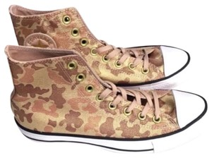 Converse Camo Chuck Taylor All Star High Top Flats Size US 9 Regular (M, B)