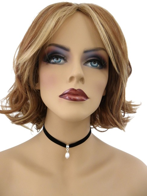 Item - Black Handcrafted Choker Necklace