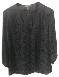 Joie Top black and gray