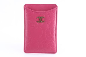 Chanel Chanel Camellia iPhone Case