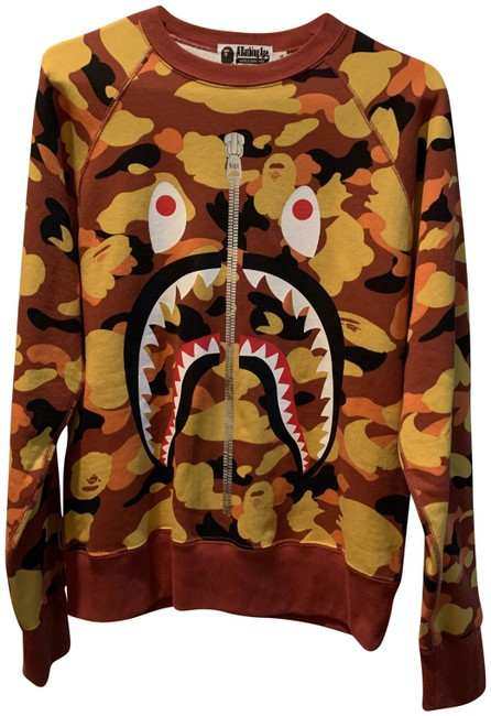 Item - Orange Camo Shark Crewneck Sweatshirt/Hoodie Size 4 (S)