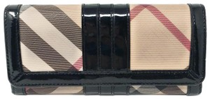 Burberry Burberry Super Nova Check Black Trim Large Wallet