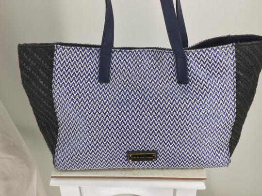 Preload https://item1.tradesy.com/images/marc-by-marc-jacobs-de-sea-zigzag-blue-and-black-textile-leather-tote-26101955-0-3.jpg?width=440&height=440