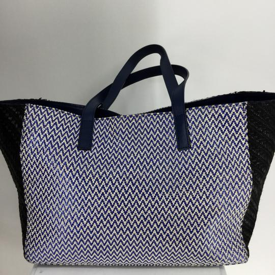 Marc by Marc Jacobs Tote in Blue and Black Image 10