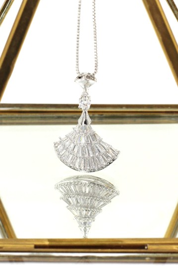 Ocean Fashion Sparkling crystal dress silver necklace Image 3